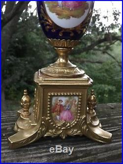 Antique French Rococo Courting Couple SET Porcelain CANDELABRA ART NOUVEAU j8