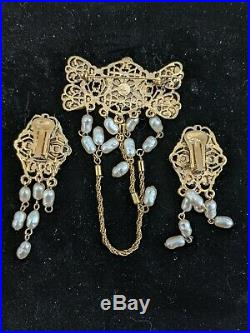 De LIGUORO Art Nouveau Dark Blue Lapis Lazuli Gold Brooch and Dangle Earrings