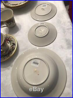 Lenox Holiday Tartan Christmas China 45pc Place Setting Set for 8 New