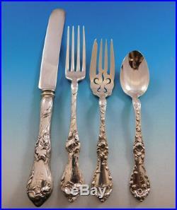 Les Cinq Fleurs by Reed & Barton Sterling Silver Flatware Set 8 Service 32 pcs