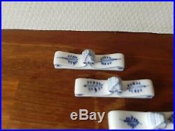 OLD Pre-1923 set of 4 KNIFE REST BLUE FLUTED PLAIN # 1-134 Royal Copenhagen 1st